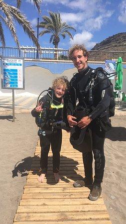 Blue Explorers: Eldstemann med dykkerinstruktørene, bl a Roberto. Kyndige og trygge👍🏼