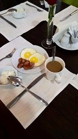 Medeu Hotel : завтрак