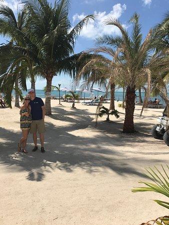 Iguana Reef Inn: photo1.jpg