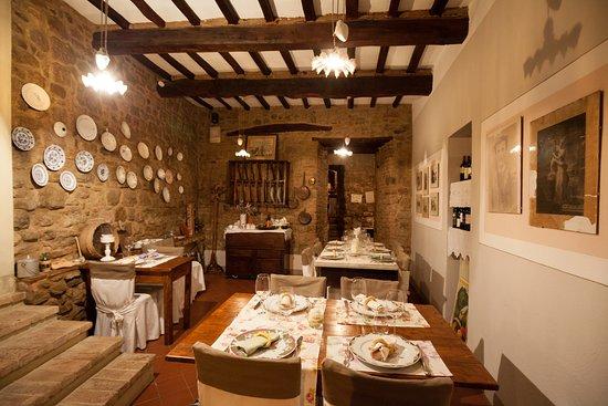 Барбедино-Валь-д'Эльза, Италия: la sala