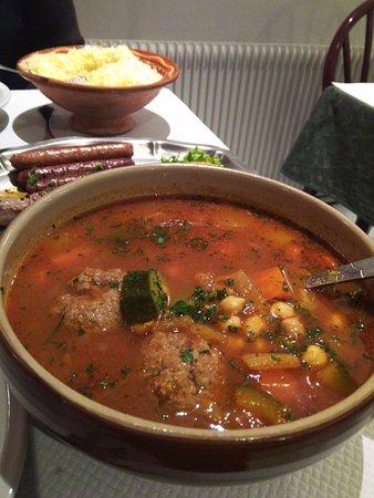 Oyonnax, Frankrijk: un suculent couscous