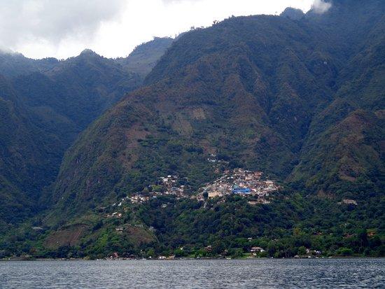 Lake Atitlan, Guatemala: Son doce poblados , que hay que visitar.