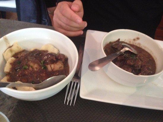 Ceyreste, Francia: Daube de bœuf et ravioli maison