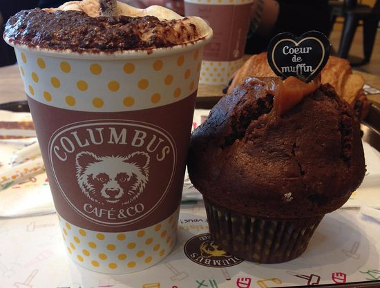Cappuccino Et Muffin Chocolat Coeur Caramel Picture Of Columbus