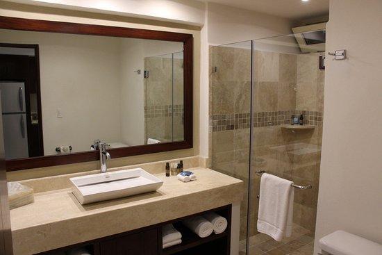 Costa Sur Resort & Spa: Baño Habitación 8ºpiso