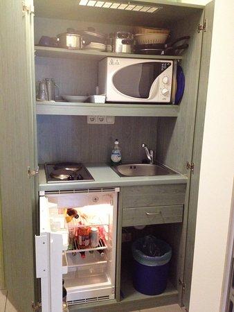 hotel lutter little kitchen in room - Little Kitchen