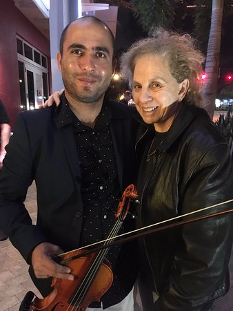 Wilton Manors, FL: a compassionate violinist Frank with me an avid fan!