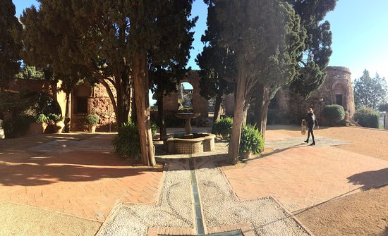 Hotel Castillo de Santa Catalina: photo2.jpg