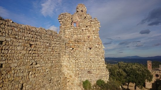 Bigues i Riells, สเปน: Castell de Montbui