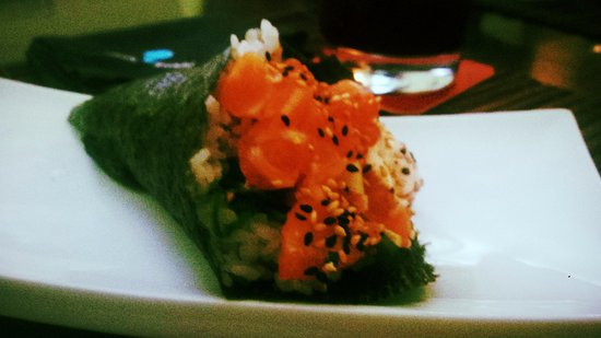 Rock'n Sushi : temaki salmão c/ queijo philadelphia