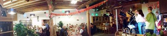 Ribérac, Francia: Repas concert pour la Saint Valentin