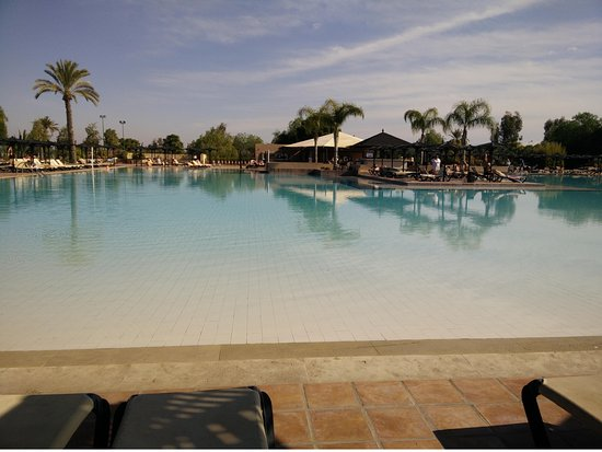 ClubHotel Riu Tikida Palmeraie: Pool is really cold in December!