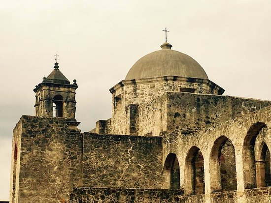 San Antonio Missions National Historical Park : Misión San José dome and bell tower
