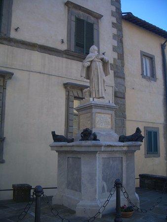 Statua di Santa Margherita