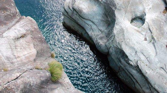 Baceno, Italien: dal ponte presso le Marmitte dei giganti