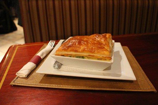 Oldcastle Pub & Restaurant : Chicken Pot Pie