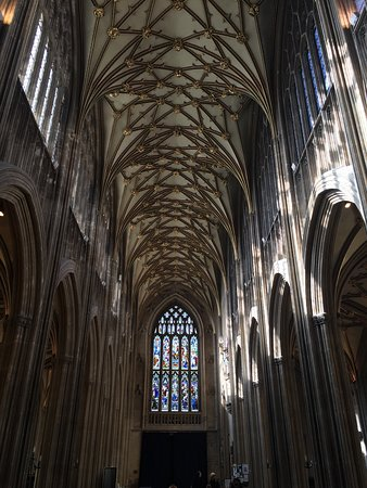 St Mary Redcliffe Church: photo0.jpg