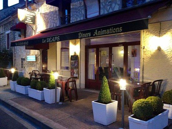 Mery sur Oise, Frankrike: Voici l'entrée du Restaurant