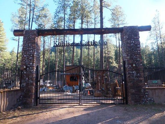 Kohlu0027s Ranch Lodge: Original Entrance Of Kohlu0027s Ranch But It Is A Storage  Area For