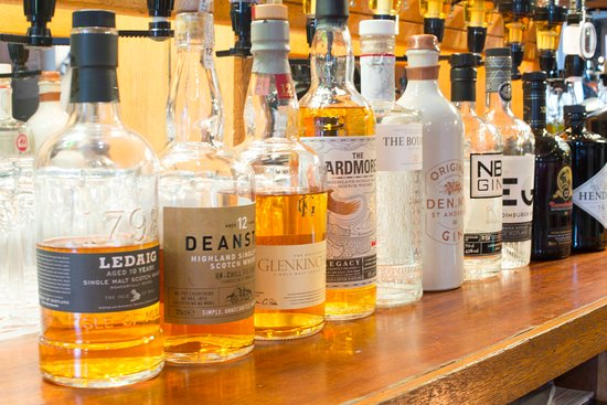 Earlston, UK: We have a grand range of malt whiskies and craft gins in addition to selling local cask ales