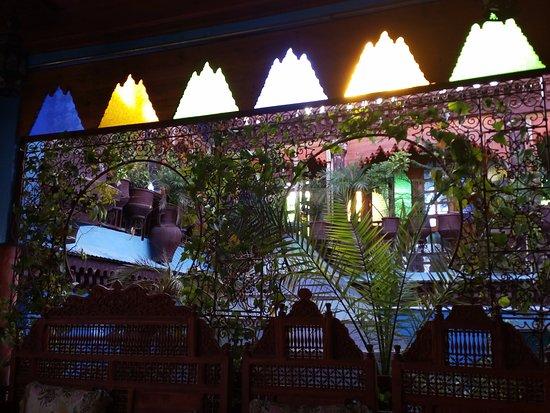 Riad Hiba Meknes: Terrasse au sommet du riad (pour le petit-déj)