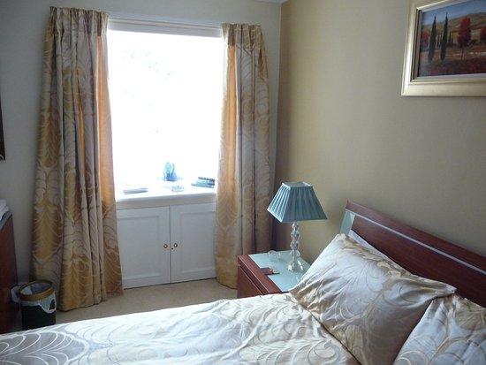 Ruthven House: Bedroom