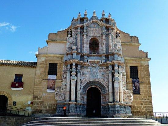 Caravaca de la Cruz: Esta es la entrada principal del santuario