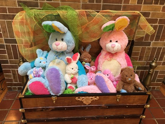 Avon Park, Φλόριντα: The bunnies were a very cute Easter display.