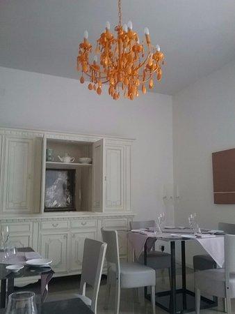 Сан-Паоло-Бель-Сито, Италия: Interno di una sala