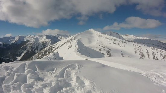 Kicking Horse Mountain Resort: View from Eagle's Eye towards Blue Heaven