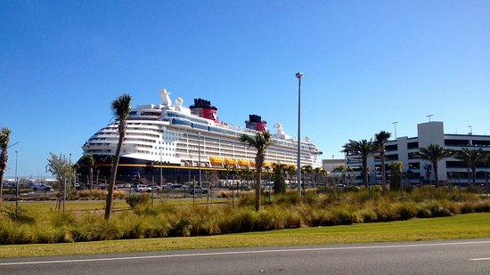 Port Canaveral, FL: Disney Cruise Transportation