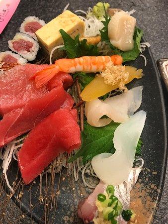 Sushizanmai Honjin: photo3.jpg