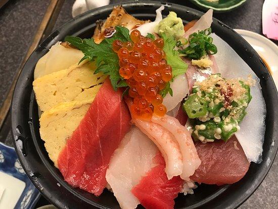 Sushizanmai Honjin: photo4.jpg