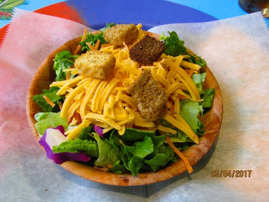 World Famous Oasis Restaurant: Salad