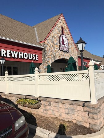 Phoenixville, PA: Sly Fox Brewhouse & Eatery