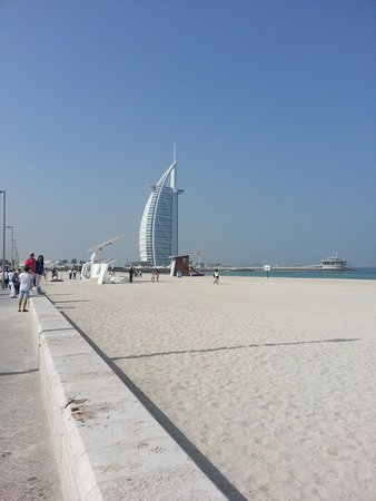 jumeirah beach with burj al arab in the background - picture of