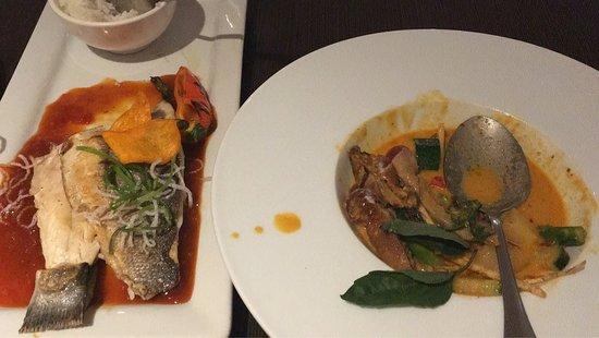 Modern thai picture of arawan thai bistro and dessert for Arawan thai cuisine menu