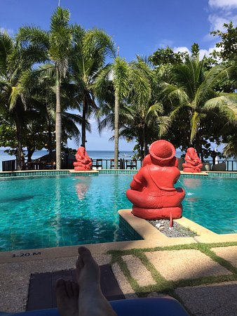 Andaman White Beach Resort: View from our pool chair