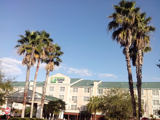 Holiday Inn Express Sarasota I-75 Photo