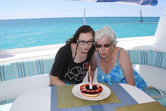 Jolly Harbour, Antigua: Birthday cheesecake