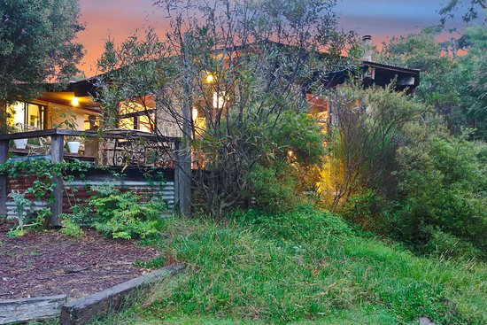 Blackheath, Australia: Lodge Exterior, Lodge is available to groups booking Relaxed Package