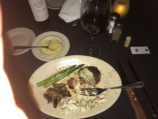 Prime Steak House & Piano Bar: Such a wonderful meal !