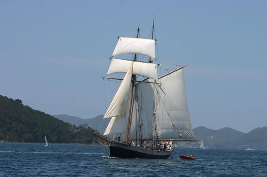 Bay of Islands Tall Ship Sailing...