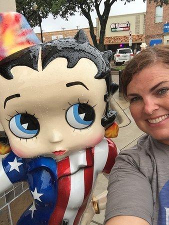 Big State Fountain Grill: Hello Betty!