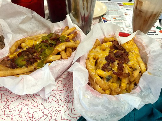 Big State Fountain Grill: Cheesy Fries