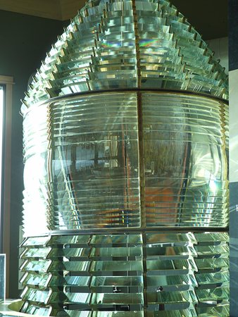Ilwaco, WA: Former Lighthouse Light in large display room