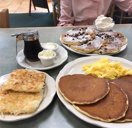 The Original Pancake House: I like basic and yummy, My fiancé likes the Tastey treats