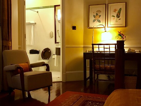 Raffles Grand Hotel d'Angkor: photo1.jpg
