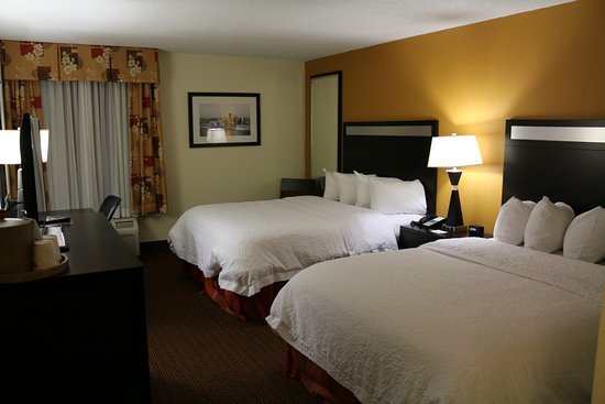Hampton Inn Pittsburgh/West Mifflin: Room