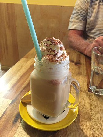 Lilydale, Australien: A cafe with a difference, friendly staff and the food is great.